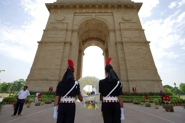 India Gate Built in the memory of soldiers