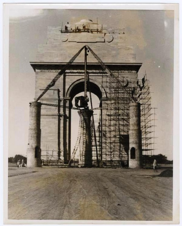 India Gate under construction
